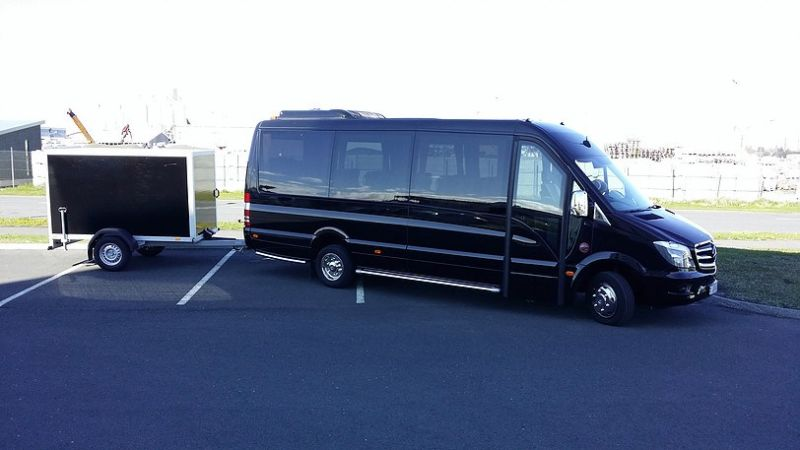 Rent a mercedes benz sprinter in iceland for Mercedes benz sprinter rental
